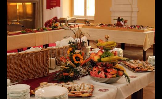 Svatební hostina, raut - catering na svatbu