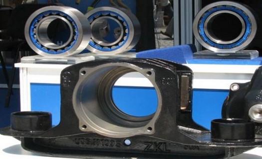 Ložiska všech typů, gumové těsnění, hadice a řetězy pro průmyslovou výrobu a strojní zařízení