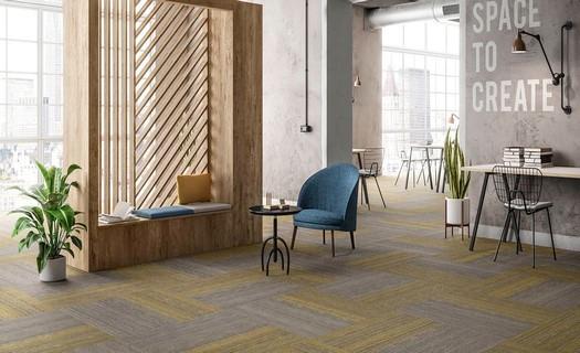 Pokládka laminátových a dřevěných podlah, PVC podlah i linolea, podlahářské práce, prodej