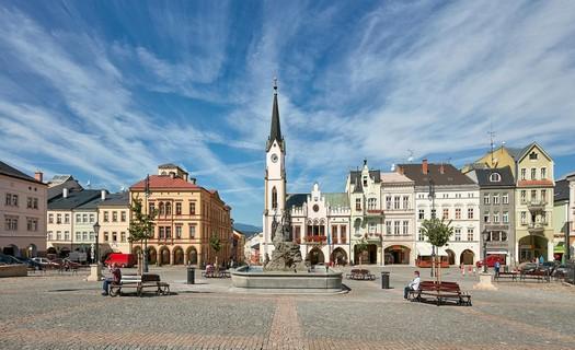 Město Trutnov s městskou památkovou zónou, muzeem Podkrkonoší a hudebním festivalem