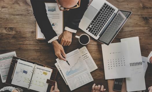 Spolehlivé a precizní vedení účetnictví a zpracování daní
