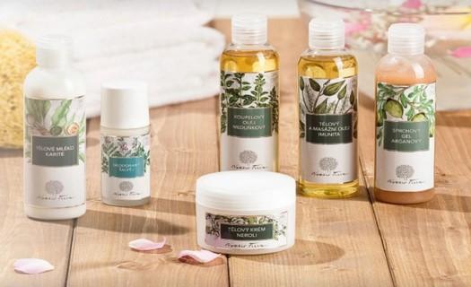 Přírodní aromaterapeutická kosmetika z tradičních surovin, péče o pleť i celé tělo