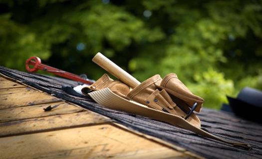 Rekonstrukce a realizace střech, střešní okna Cheb, pokládka střešní krytiny, pokrývač