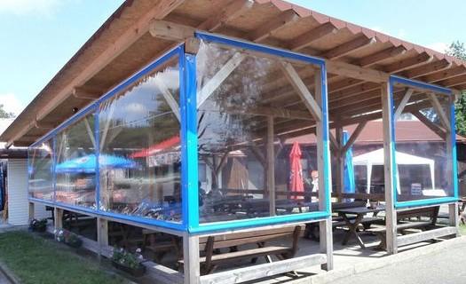 Průhledné plachtové krytí z PVC, opláštění České Budějovice, plachtové krytí, zastřešení hal