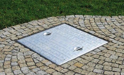 Poklopy na šachty a jímky Pardubice, kvalitní šachtové poklopy a vzduchové izolace, vodní nádrže