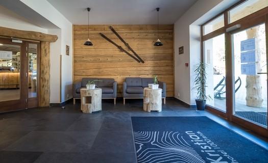 Moderní ubytování na Šumavě v Hotelu Kristian, pokoje v šumavské stylu, pobytové balíčky, bazén