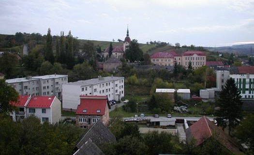 Obec Zdounky u Kroměříže, Zlínský kraj, zámek Zdounky, rozhledna Zdenička, zámecký park