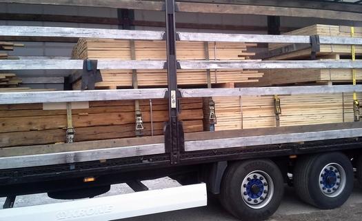 Výkup starého dřevního materiálu, krovů, obložení či podlah