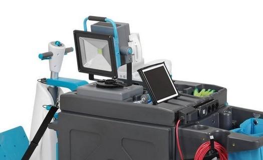 Špičková úklidová technika Praha, dodáváme bezdrátové úklidové stroje pro firmy, supermarkety