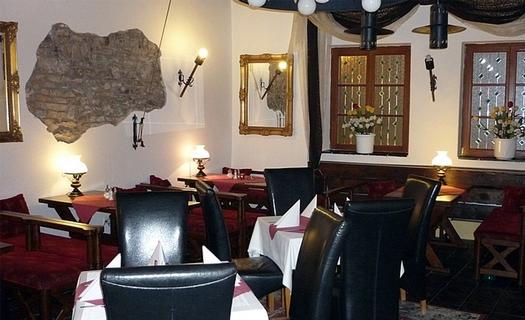 Dobový hotel Ennius v centru města Klatovy