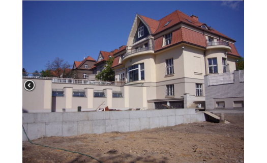 Stavby z monolitického betonu a jeho využití od projektu po provedení