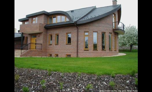 Výstavba  designových rodinných a bytových domů na klíč