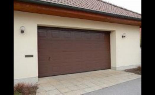 Garážová vrata, průmyslová vrata, brány a pohony pro vrata a brány