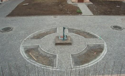 Pokládka kamenných dlažeb Vyškov, kámen pro vodní stavby, kámen v nepravidelných tvarech