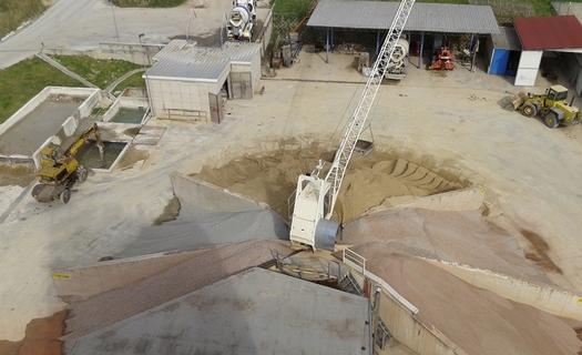 Betony pro stavební účely, transbeton, kamenivo, písek