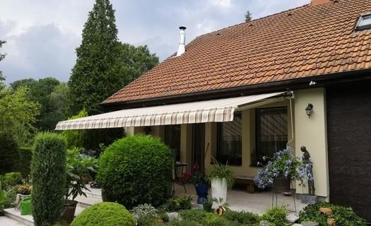 Praktické a dekorativní stínění oken Frýdek-Místek, žaluzie, závěsy, rolety, markýzy, plissé, stěny