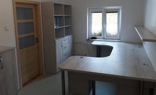Truhlářství Golian, zakázková výroba interiérů Litoměřice, kuchyně, postele, kancelářský nábytek