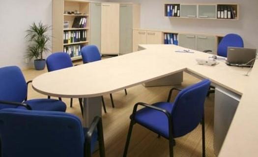 Atypické interiéry, atypický nábytek Benešov, zakázková výroba nábytku, návrh, výroba a montáž
