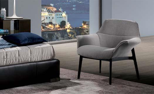 Stoly a židle- kvalitní italský nábytek