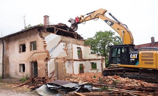 Zemní výkopové a demoliční práce Jihlava, terénní úpravy, inženýrské sítě, demolice budov