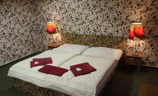 Krásné ubytování v hotelu Koruna v Šumperku, restaurace s týdenním menu, pokoje a apartmány