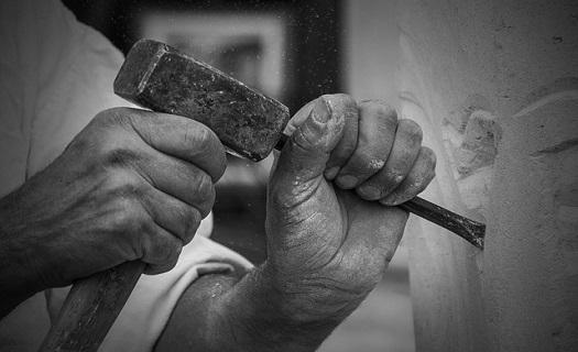 Kamenosochařství Josef Jirásek Svitavy, výroba pomníků, pomníky z přírodního kamene