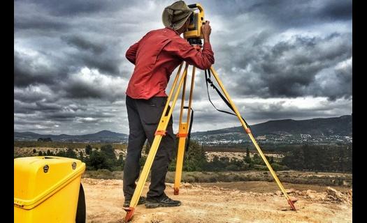 Geodetická kancelář, zeměměřičské práce Hradec Králové, letecké snímkování drony, mapování