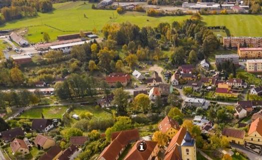 Obec Dolní Žandov, okres Cheb, přírodní rezervace Lipovka, přírodní rezervace Mechové údolí