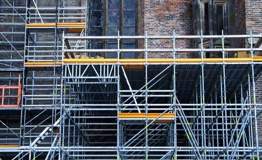 Půjčovna lešení Zlín, pronájem trubkového lešení, rámového lešení, pojízdné věže
