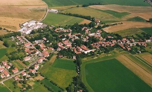Obec Bučina okres Ústí nad Orlicí, Katolický kostel sv. Jakuba Většího, provoz letního kina