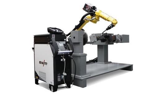 Individuální kompletní systémy s robotem Děčín, svářecí technika, modulární kompletní systémy