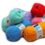 Textilní galanterie, pletací příze, punčochové zboží Elite, originální střihy Burda