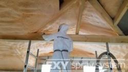 Tepelná a zvuková izolace podkroví, střech, půd stříkanou PUR pěnou