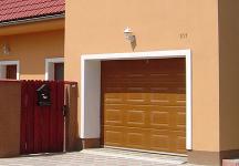 Garážová vrata sekční, rolovací, posuvná, dvoukřídlá a průmyslová garážová vrata