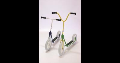 Vozítka pro děti Beroun - koloběžky a tříkolky pro děti od 4 let s parkovacími stojany