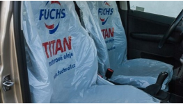 Jednorázové ochranné povlaky pro výrobce autosedaček a pro autoservisy