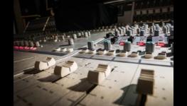 Průmyslové ozvučení Praha - oslovení co největšího počtu lidí