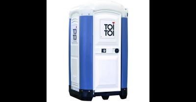 Mobilní WC k pronájmu Praha se zabezpečeným hygienickým servisem personálem firmy TOI TOI