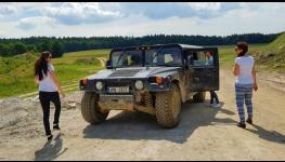 Firemní akce, teambuilding s netradičním zážitkem na bobové dráze nebo při jízdě Hummerem
