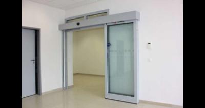 Požární uzávěry, vrata a dveře s vysokou odolností a atraktivním designem