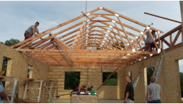 Dřevěné příhradové vazníky pro střechy rodinných domů, průmyslových hal