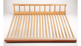 Zakázková výroba ze dřeva dveří, oken, nábytku, dřevěné díly