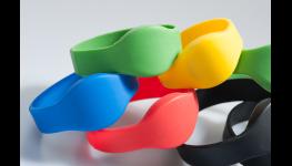 Plastové, magnetické karty HiCo a Loco, potisk věrnostních, identifikačních a přístupových karet