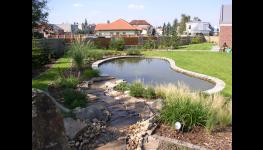Zahradní, koupací jezírka-přírodní koupání na zahradě
