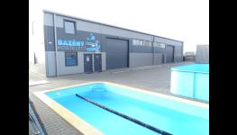 Odborné zazimování bazénu nebo svépomocí? Praha - připravte svůj bazén na zimu!