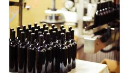 Naše vinařské potřeby dodávají vínu šmrnc