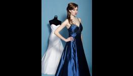 Půjčovna šatů na ples - koktejlky, večerní róby i dlouhé elegantní šaty