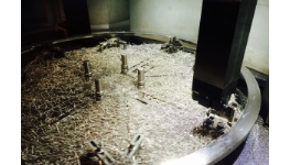 Strojírenská výroba, opracování výpalků, odlitků, rotačních dílů soustružením