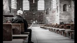 Pohřební služba Opava - volejte nonstop, pohotovostní převozy zesnulých 24 hodin denně