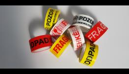 Oboustranné samolepicí pásky pro upevnění, spojování a pokládku koberců
